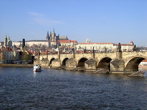 Hradčany a Karlův most